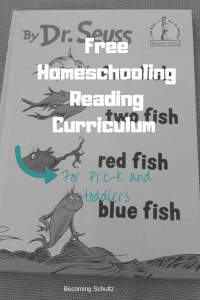 Free Homeschooling reading curriculum for toddlers is the perfect way to start your early learning journey at home. Homeschooling does not need to be hard or stressful. Maybe you just need some new tips or ideas to get your creative juices flowing. Learning starts young and far before school from toddler crafts, toddler books, toddler activities paired with books and free homeschooling ideas #homeschooling
